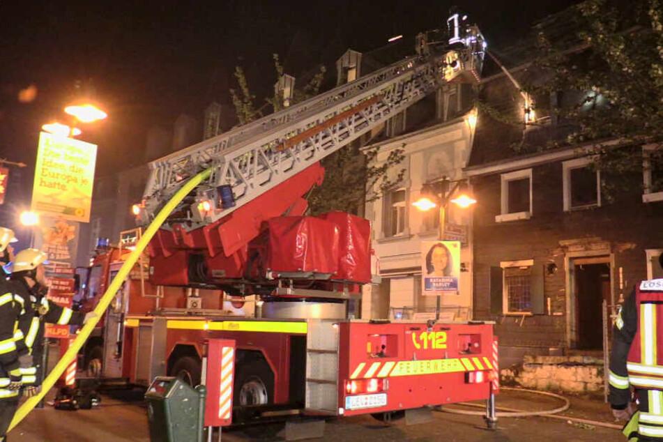 Mysteriös: Brand-Ruine steht erneut in Flammen