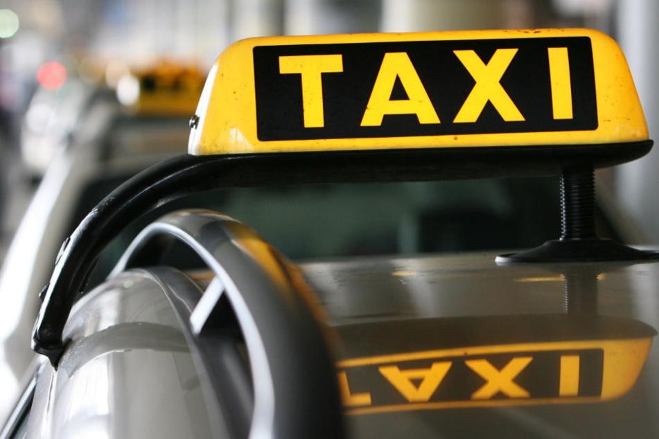 Taxifahrer bewahrt 91-Jährigen vor riesigem Fehler!