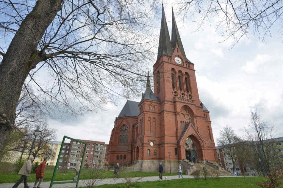Ein Pakistani soll in der Markuskirche schwere Beschädigungen angerichtet haben.
