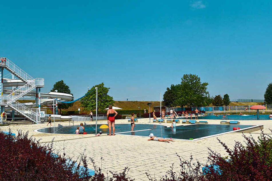Mit 45000 Quadratmetern Wasserfläche ist Cossebaude das größte Dresdner Bad.