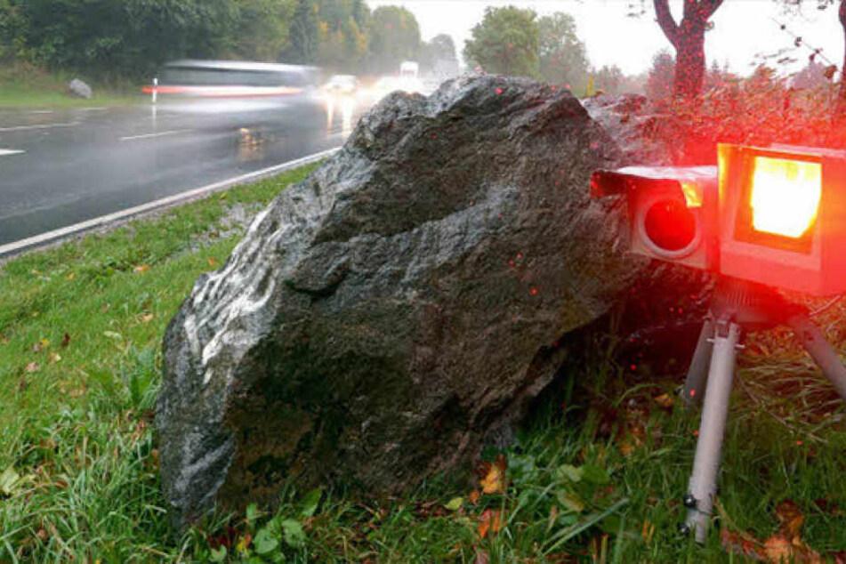 Eigentlich waren in dem Baustellenbereich nur 60 km/h zugelassen. Doch der Fahrer raste mit fast 200 km/h über die A7.