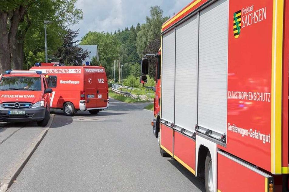 Feuerwehr und Katastrophenschutz eilten herbei.