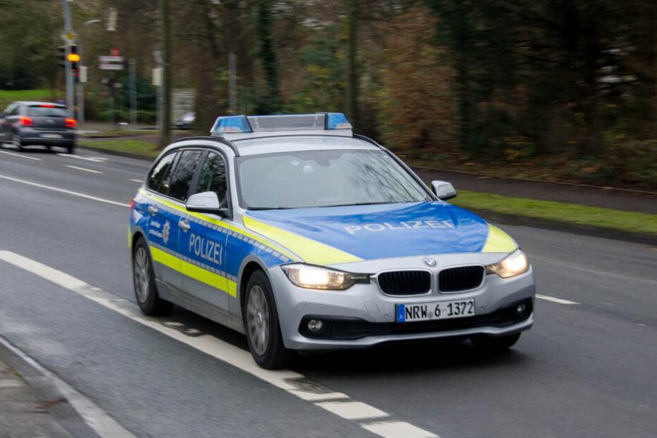 Die Polizei fahndet weiter nach den Tätern. (Symbolbild)