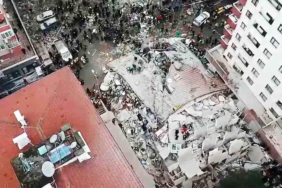 Beim Einsturz des Wohnhauses sind 21 Menschen ums Leben gekommen.