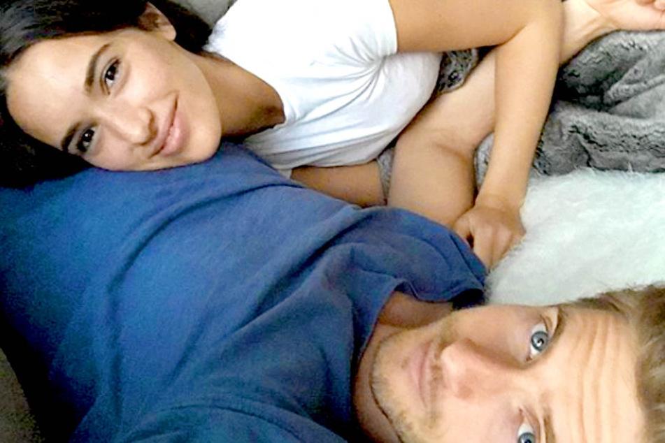 GZSZ-Star Jörn Schlönvoigt (32) hat seine Hanna Weig (22) geheiratet.