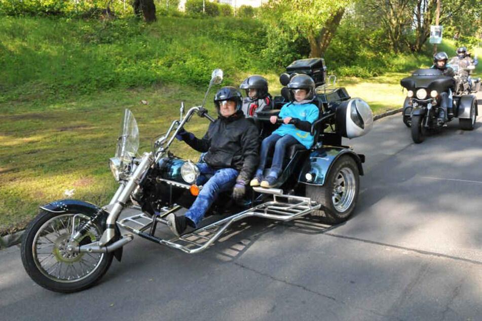 Einen Tag lang coole Biker sein! Diesen Traum erfüllen Heimkindern die Sachsenbiker jedes Jahr im Mai.
