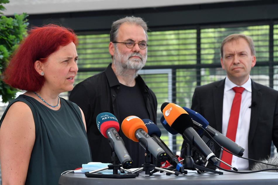 Die Vorsitzenden ihrer Fraktionen Astrid Rothe-Beinlich (47, Grüne, v.l.n.r.), Steffen Dittes (48, Linke), und Matthias Hey (51, SPD) sind nach der geplatzten Landtagsauflösung bedient.
