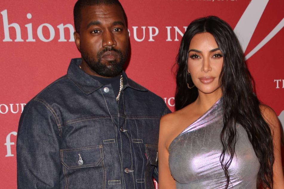 Kim Kardashian (l) with Kanye West (r) at the Fashion Group International Night of Stars Gala in 2019.