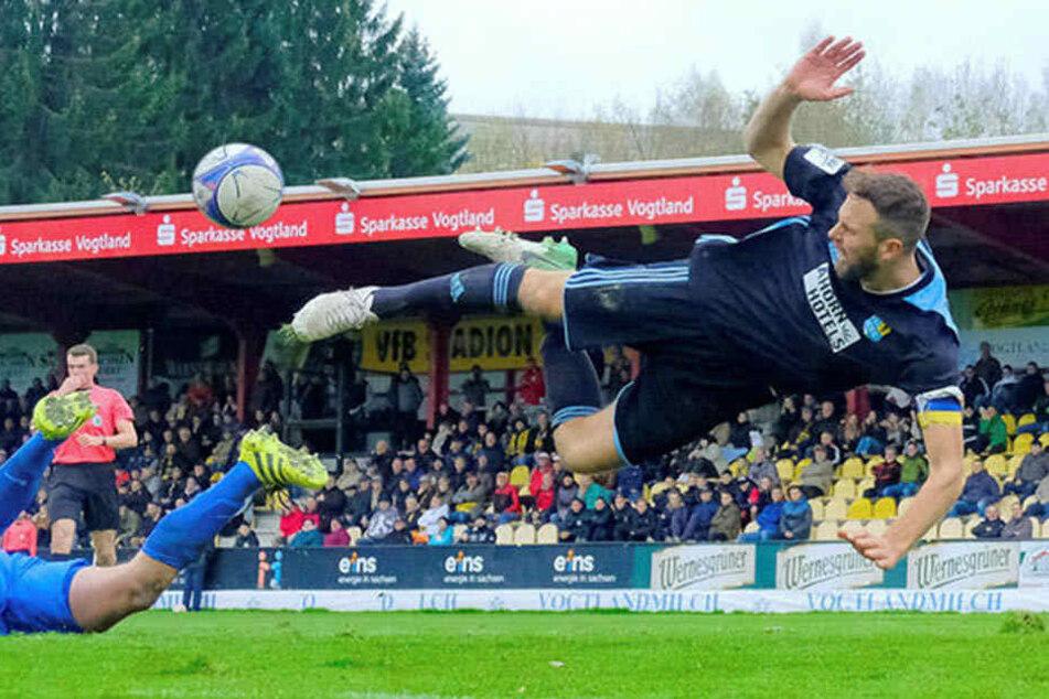 Im freien Fall Richtung Regionalliga? Das will Marc Endres unbedingt verhindern. Der Kapitän ist im Training, könnte in der heißen Phase wieder dabei sein.