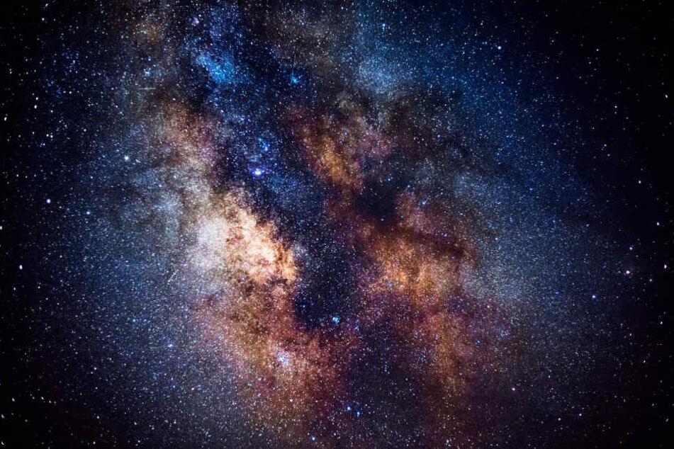Auch außerhalb unseres Sonnensystems könnte es Leben geben.