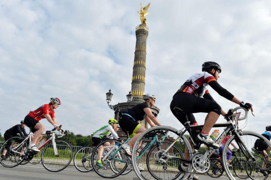 Beim Velothon fahren die Radsportler durch ganz Berlin und Teile Brandenburgs.