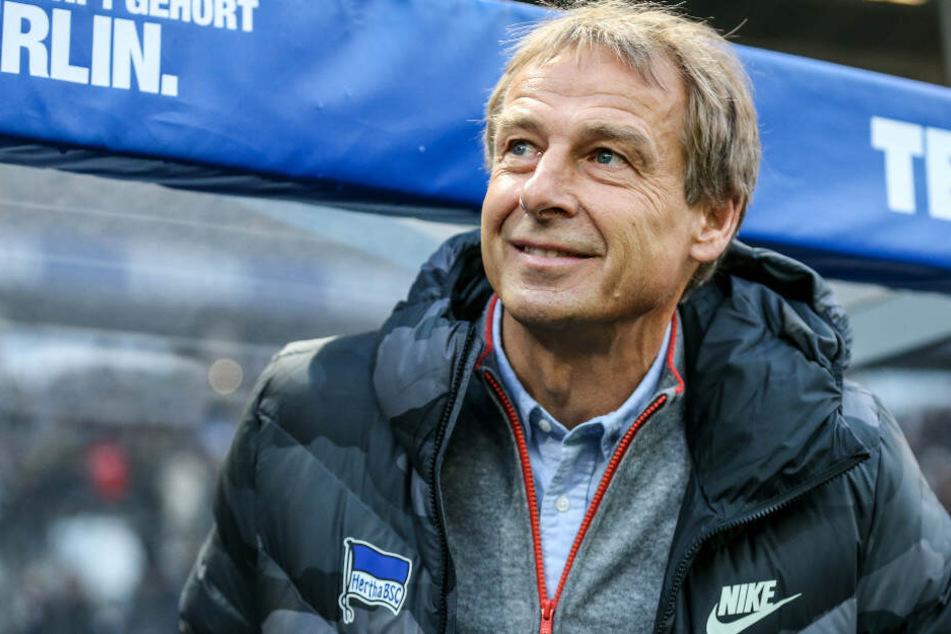 Herthas Trainer Jürgen Klinsmann stellte sich erneut den Fragen der Fans.