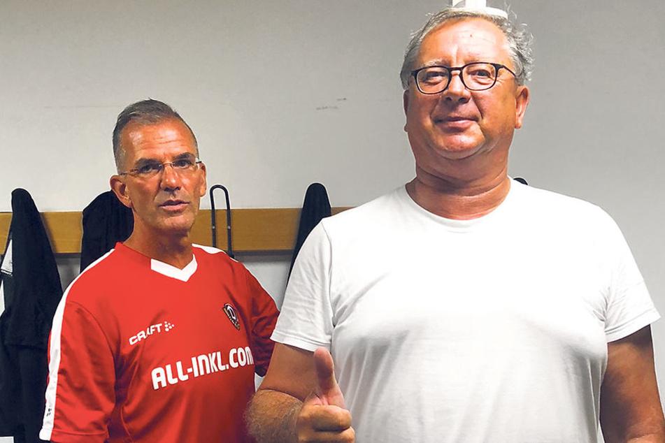 Jugendtrainer Holger Hums (l.) war dabei, als Schwergewicht Matthias Eichhorn gemessen und gewogen wurde.