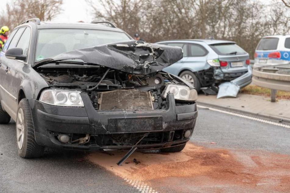 Der Fahrer des BMW wurde schwer verletzt.