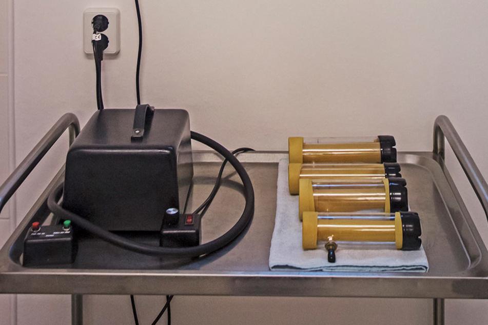 """Die """"Melkmaschine"""" Venus 2000 kommt zum Einsatz, wenn sich Patienten ein spritziges Vergnügen wünschen."""