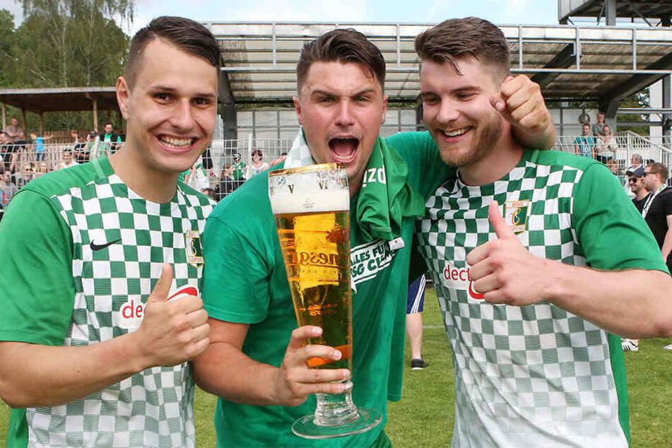 Erst im letzten Sommer sicherte sich die BSG Chemie durch ein 3:0 am letzten Spieltag gegen Empor Glauchau den Aufstieg in die Oberliga. Ähnliche Jubelbilder könnte es knapp ein Jahr später wieder geben!