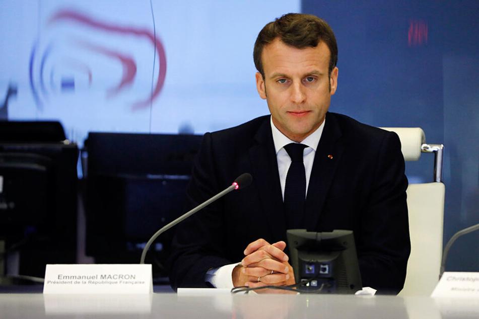"""Frankreichs Präsident Emmanuel Macron (41) hat die erneute Gewalt bei Protesten der """"Gelbwesten""""-Bewegung scharf verurteilt."""