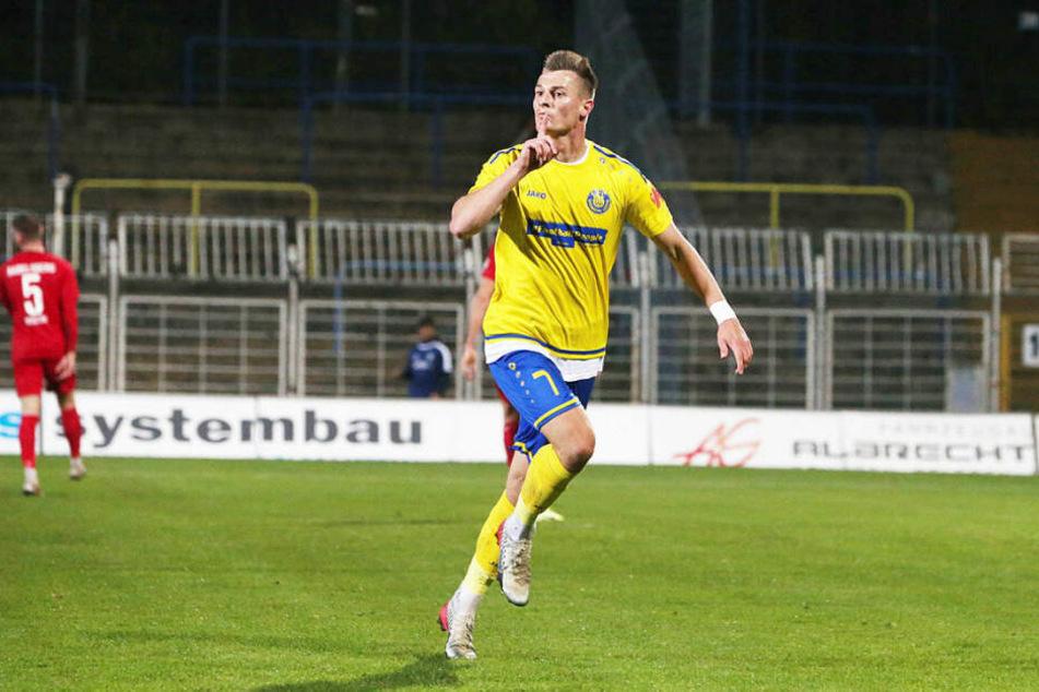 Mit seinem dritten Ligator schoss Matthias Steinborn Lok zum Heimsieg gegen Babelsberg.