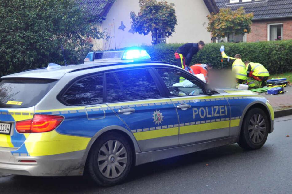Die Polizei fahndet nach einem weißen Kleinwagen mit niederländischen Kennzeichen.
