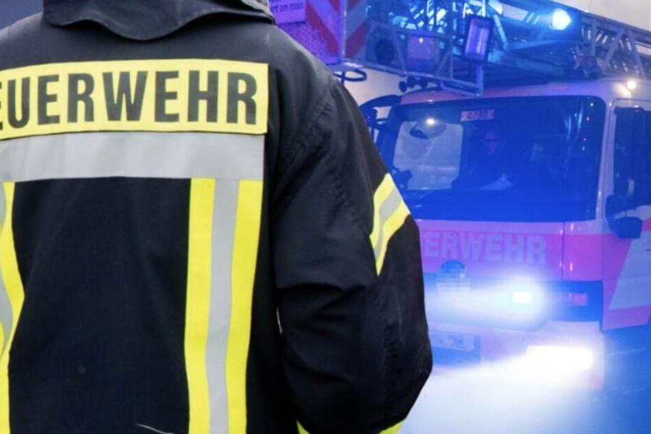 Sonntagabend wurde die Feuerwehr zu einem Brand in Böhlen alarmiert.