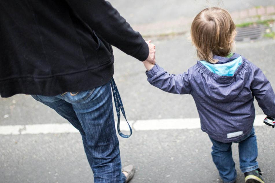 Rund 44.000 Mütter sind in Thüringen alleinerziehend. (Symbolbild)