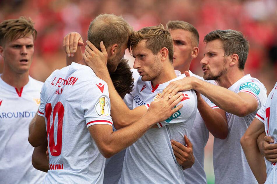 Union kam aus dem Jubeln gar nicht mehr heraus und gewann am Ende mit 5:0 in Halberstadt.