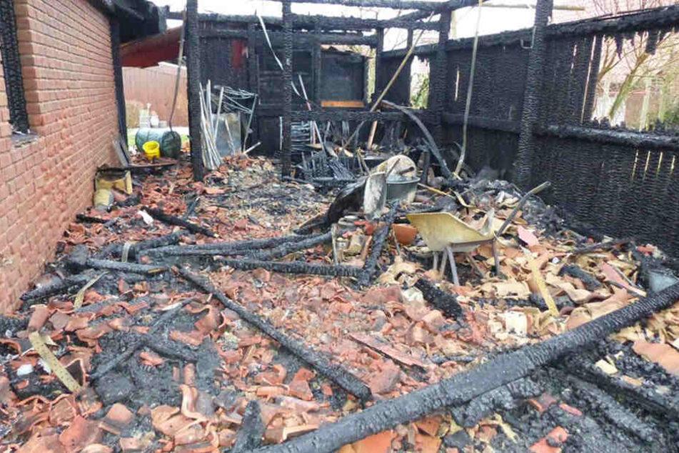 Das Haus in Frille ist seitdem Silvesterbrand unbewohnbar.