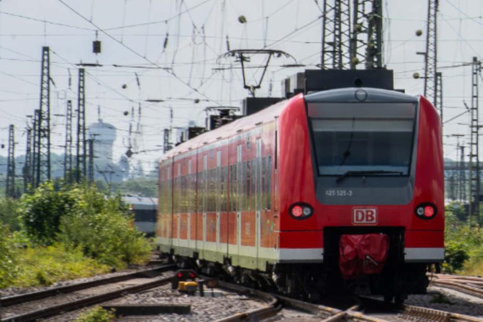 Verkehrs-Chaos in Stuttgart: Vielzahl von Zügen musste umgeleitet werden