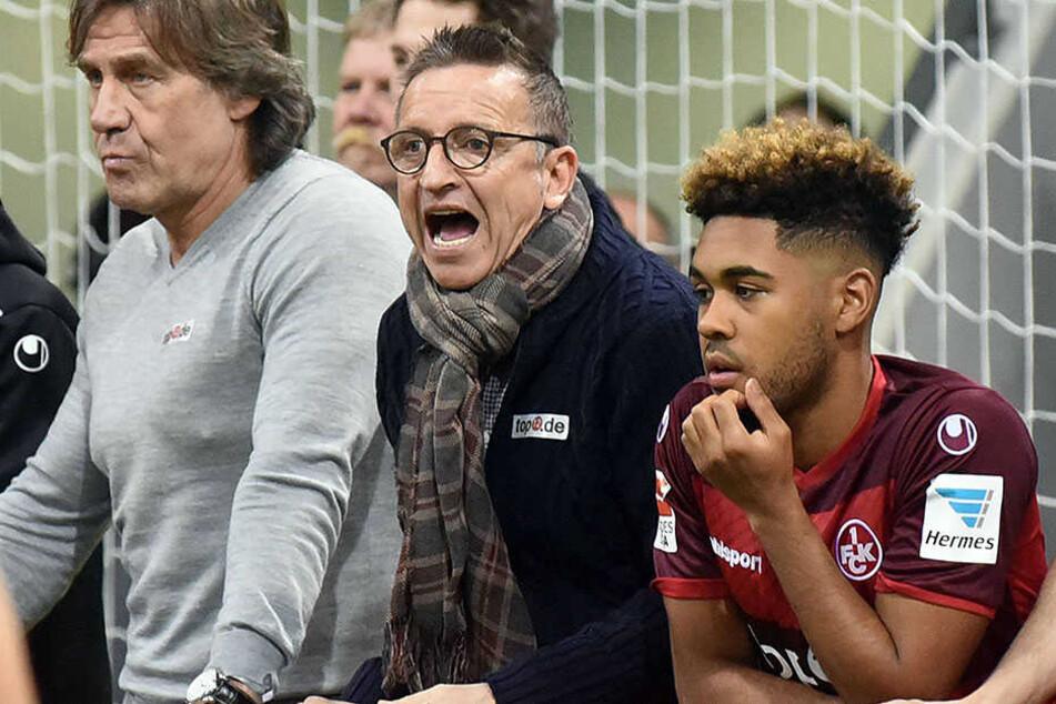 Ex-Arminia-Coach Norbert Meier (Mitte) war mit seiner neuen Mannschaft, dem 1. FC Kaiserslautern in Gummersbach.