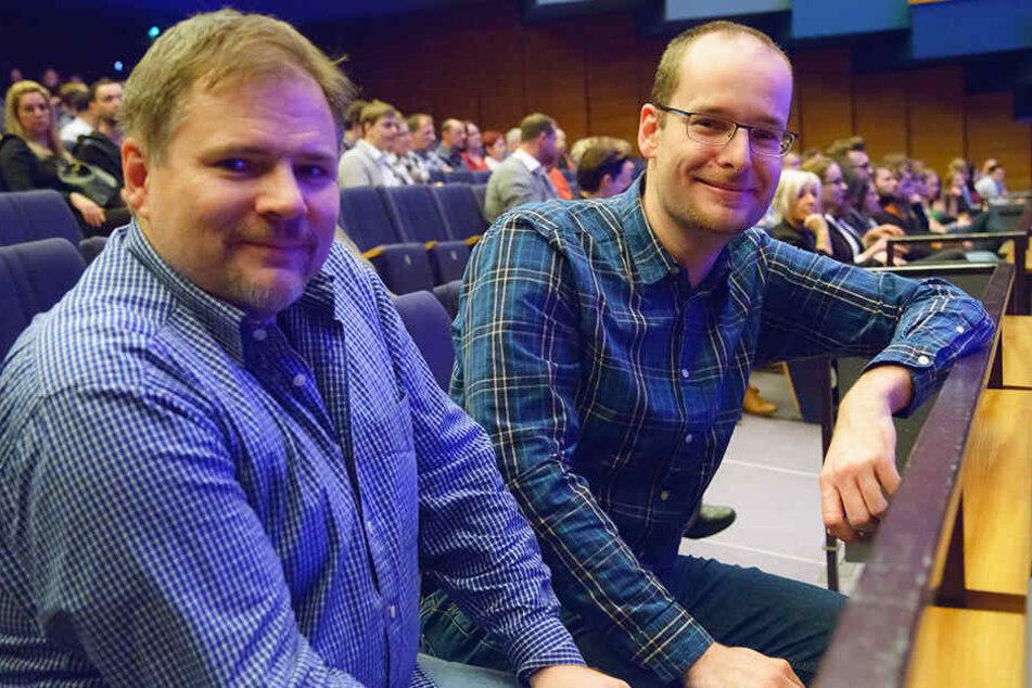 Serienfans Sebastian Linke (36) und Torsten Lippold (44) verkürzten sich mit dem Konzert die Wartezeit bis zur nächsten Staffel.