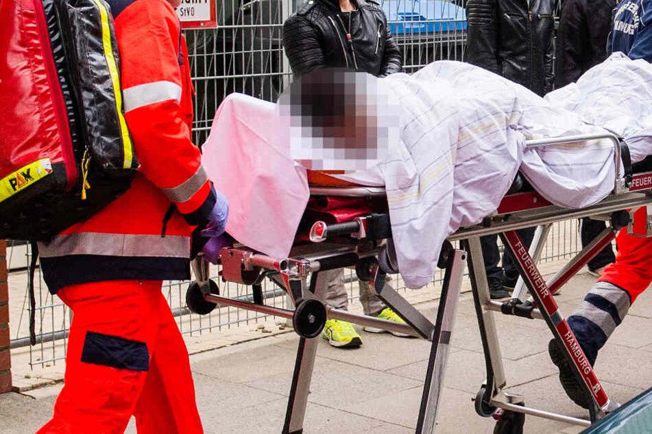 Das Opfer wurde bei der Attacke erheblich verletzt (Symbolbild).