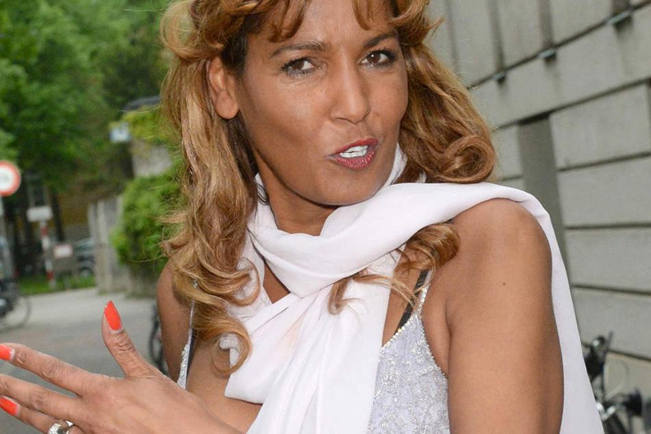 Nadja abd el Farrag (52) ist hochverschuldet. Sonnenklar.tv gab ihr eine letzte Chance.