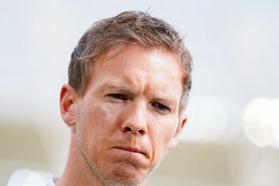 Der 31-jährige Trainer der TSG 1899 Hoffenheim kann das Verhalten der eigenen Fans nicht nachvollziehen.