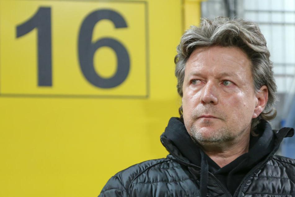 Jeff Saibene setzte seinen Innenverteidiger beim Spiel gegen den SC Paderborn auf die Tribüne.