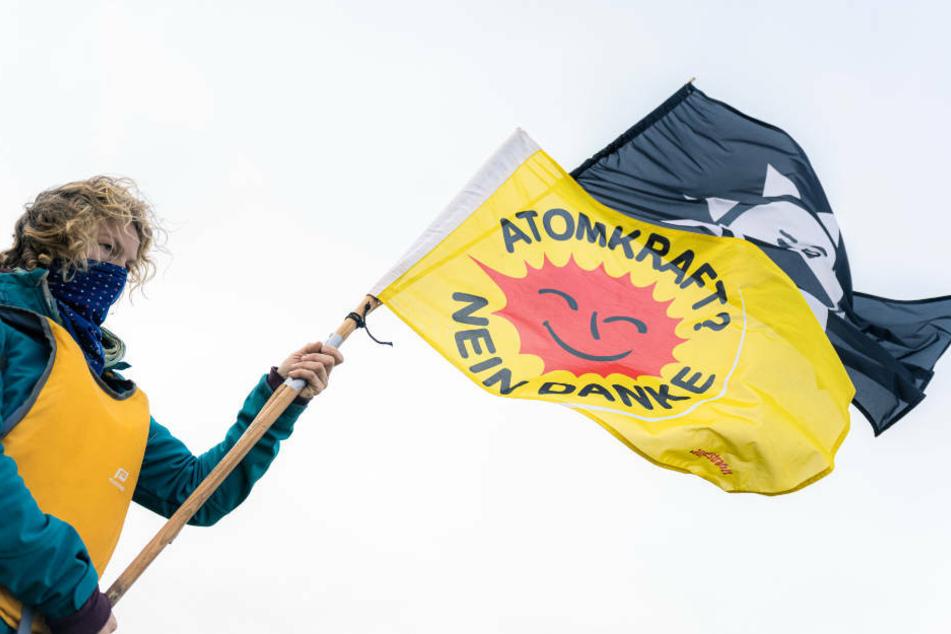 Die Atomkraftgegner in dem Protestbündnis Castor-stoppen haben Kundgebungen und Mahnwachen entlang aller möglichen Fahrtrouten des Zuges angekündigt.