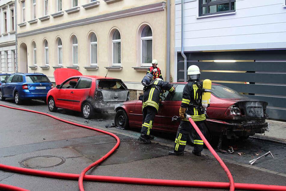 Der Feuerteufel geht wieder um! Brennende Pkw in Leipzig