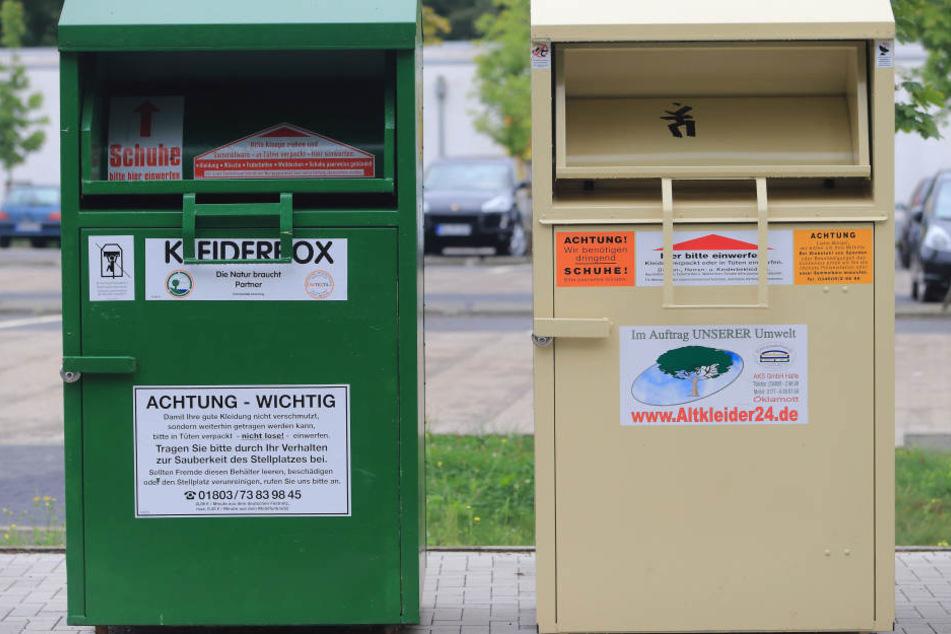 Der 49-Jährige wollte Kleidung aus dem Container klauen. (Symbolbild)