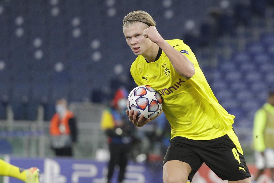 Große Worte von der großen Konkurrenz: Der Dortmunder Spitzenstürmer Erling Haaland ist bereits von Moukoko begeistert.