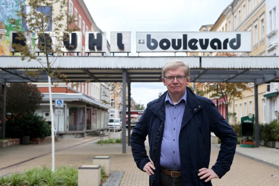 Billige und teure Wohnungen bilden am Brühl die richtige Mischung, findet Linke-Stadtrat  Dietmar Berger (69)