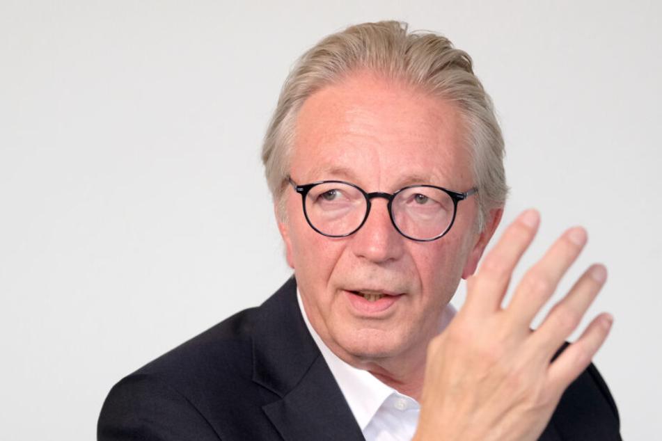 Roger Kehle, der Präsident des Gemeindetags Baden-Württemberg, befürchtet eine Überregulierung für E-Tretroller in Deutschland.