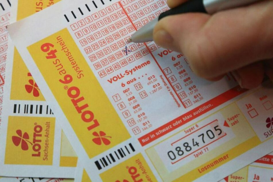 Mehr Pech geht wohl wirklich nicht: In einem Moment vermeintlicher Lottomillionär, im nächsten wieder mit leeren Händen. (Symbolbild)