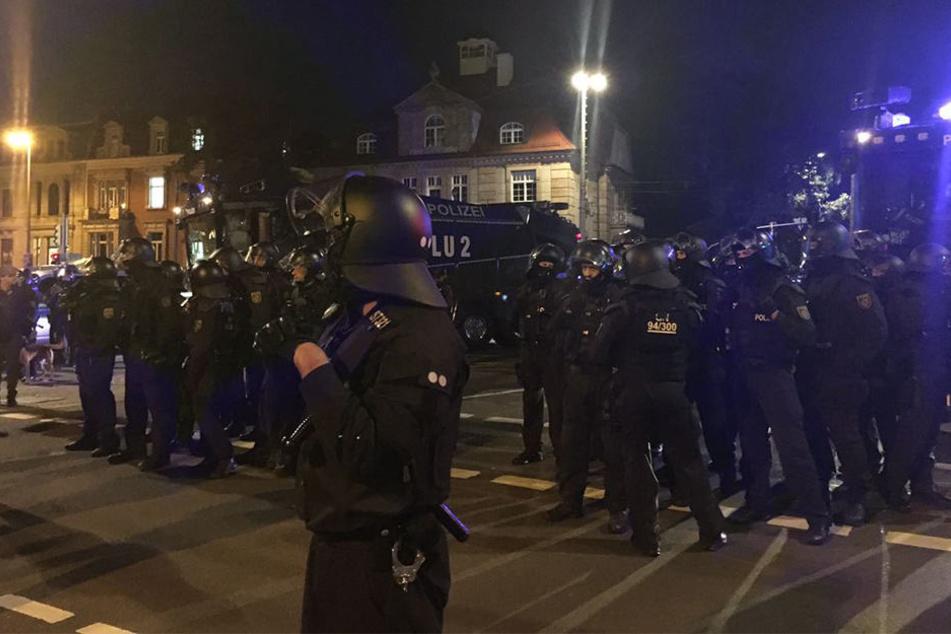 Tausende Leipziger stellten sich LEGIDA-Demonstranten in den Weg