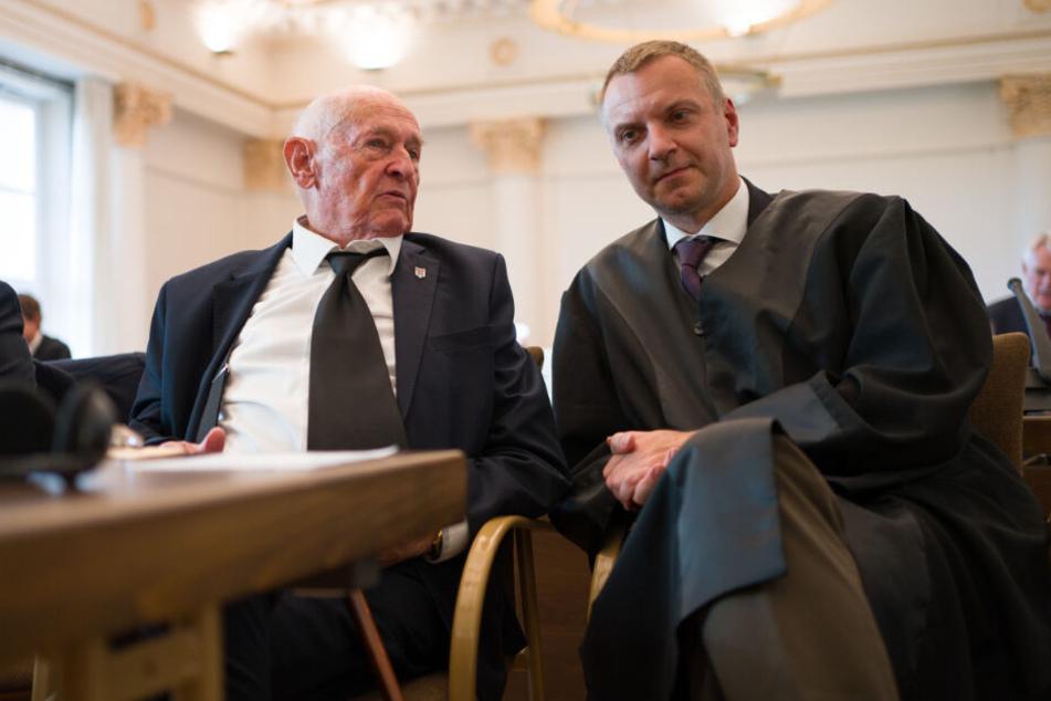 Der polnische Überlebende Marek Dunin-Wasowicz sagte im laufenden Prozess. vor Gericht aus.