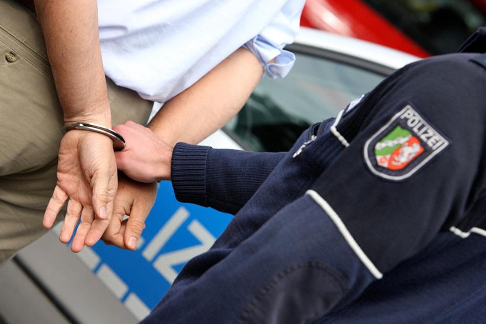Nach Messerattacke auf Mutter und Schwester: Mutmaßlicher Täter in U-Haft