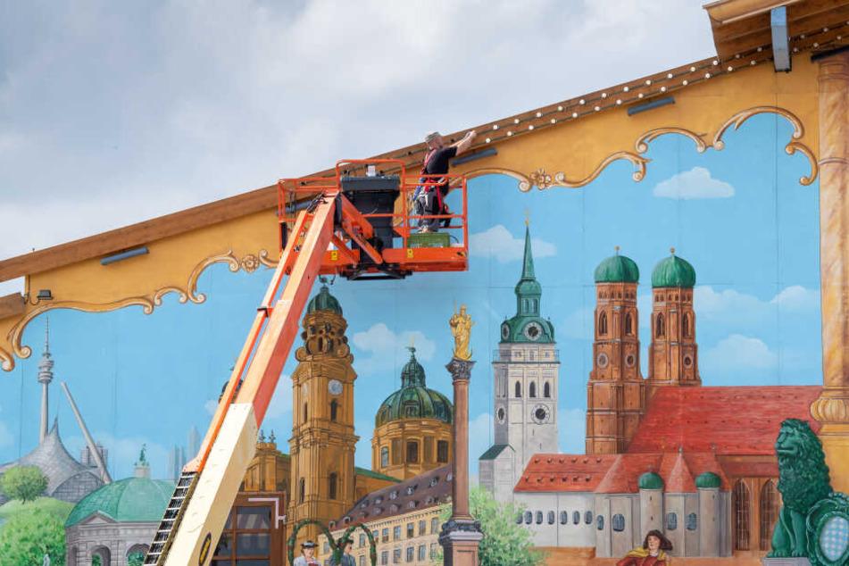 Feinschliff an der Fassade: Das Oktoberfest beginnt dieses Jahr am 21. September und endet am 06. Oktober 2019.