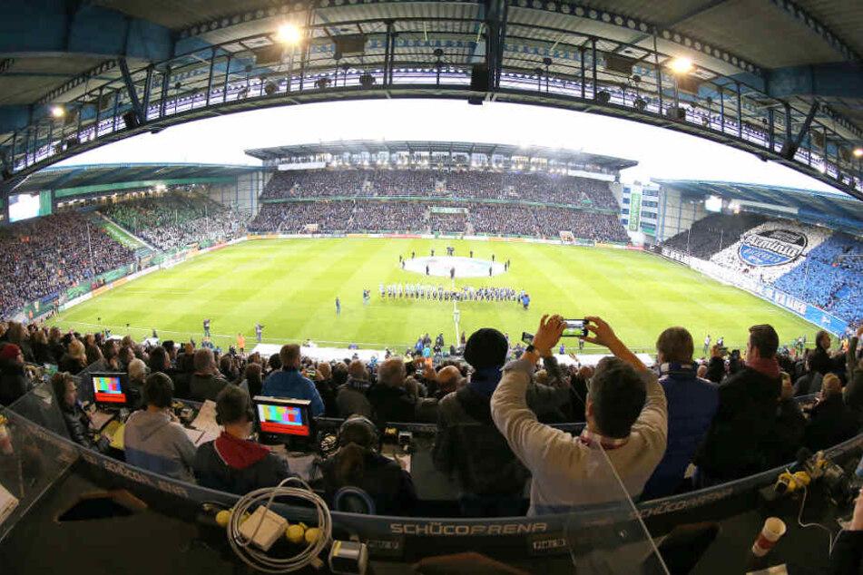 Die Schüco-Arena soll laut Berichten rund fünf bis sechs Millionen Euro bringen.