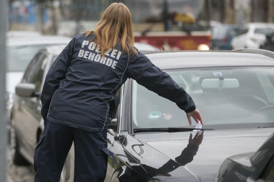Verkaufsoffener Sonntag in Dresden: Politessen schieben Sonderschicht!