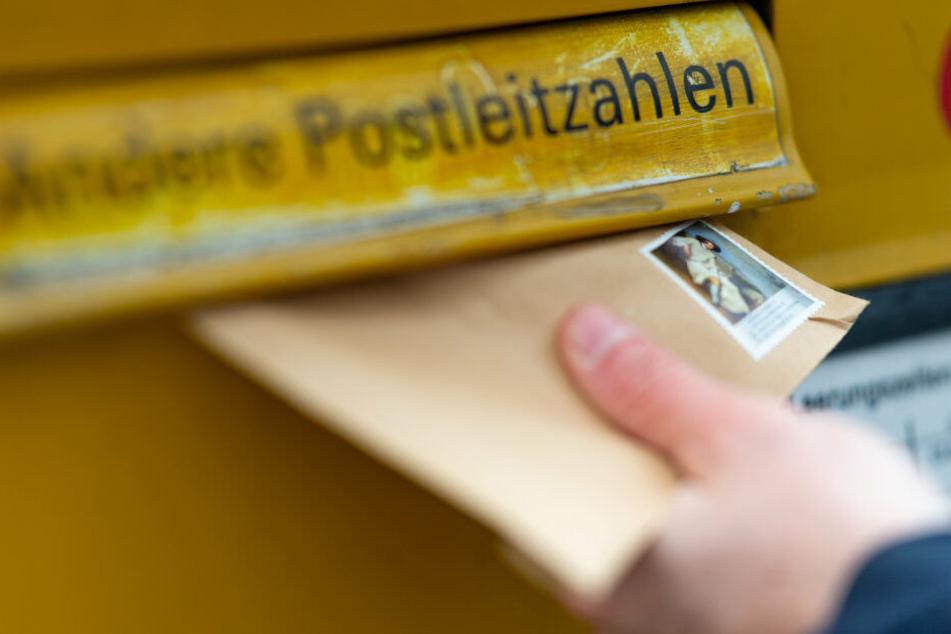 Auch dank der Erhöhung des Portos kann die Deutsche Post Gewinne im dreistelligen Millionenbereich einfahren.