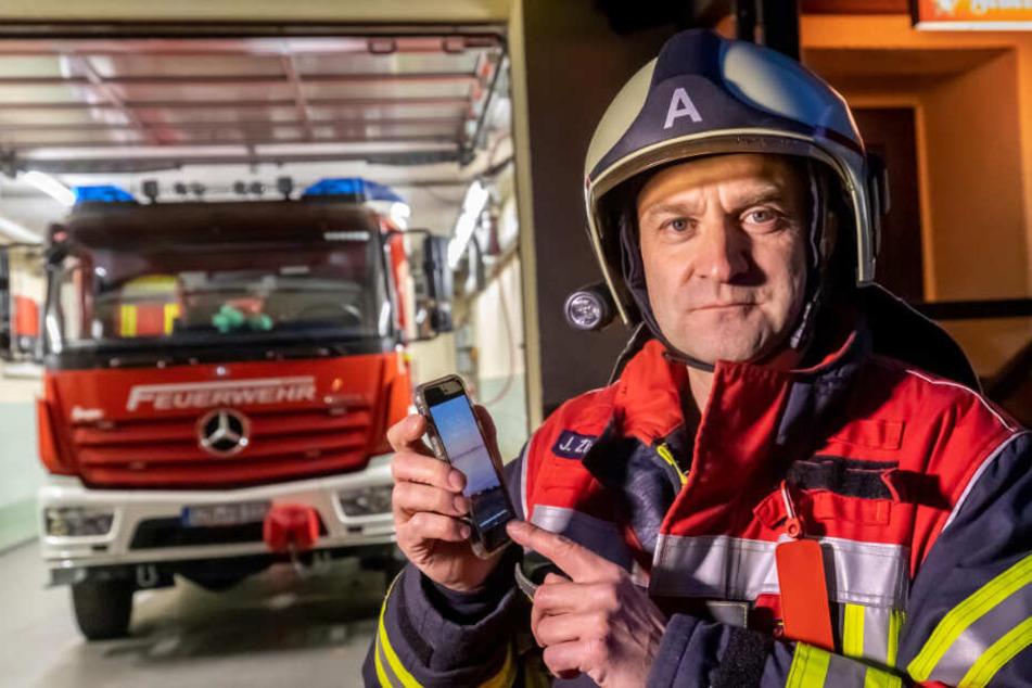 Fake-Feuerwehr bittet um Spenden: Doch dann wählten sie die falsche Nummer...