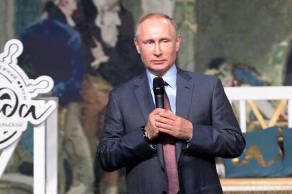 Was wohl Russlands Präsident Wladimir Putin (63) von dem freundlichen Angebot hält?